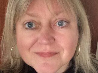 Headshot of Pam Frampton